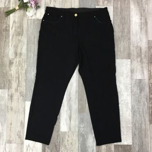 Chico's So Slimming Black Cropped Pants WW04